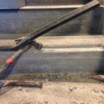 Beschadigde anti-slipneus betontrap - esthetische betonherstelling