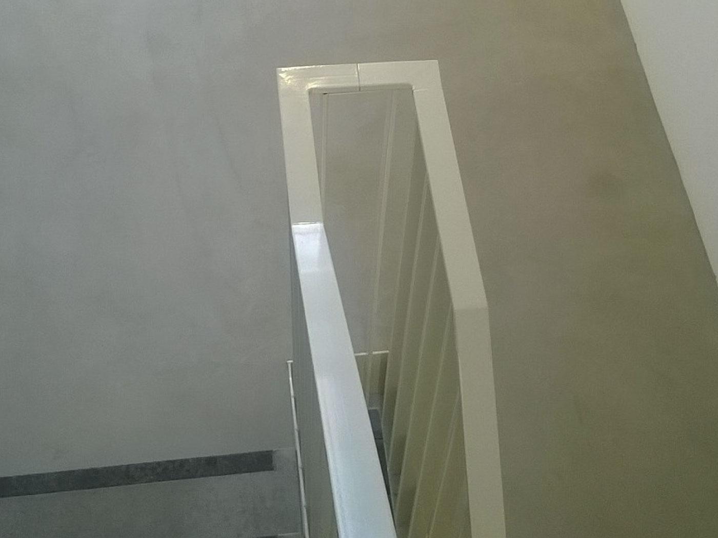 Te behandelen bordes - esthetische betonherstelling - betontrap